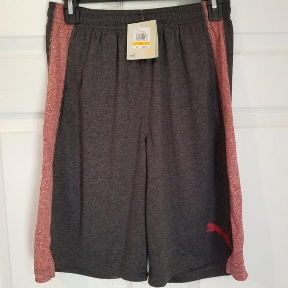 New PUMA Men/'s Form Stripe Shorts Grey Heather /& Black XXL NWT
